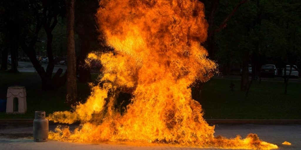 Propane tank with fireball - can gas grills explode?