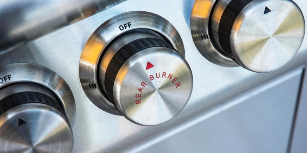 Burner controls for how to start a gas grill